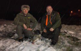 Gosti iz Austrije sa odstrjeljenim vukom u Istočnoj Ilidži